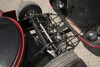 front-chassis-2.jpg